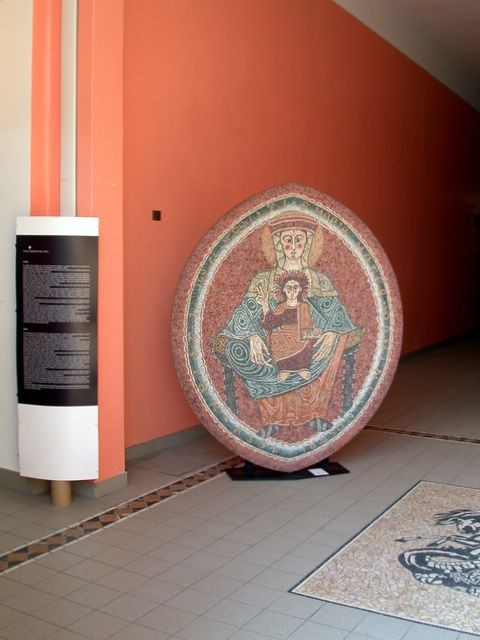Pannello in mosaico della Scuola Mosaicisti del Friuli presso la cantina Vini San Giorgio